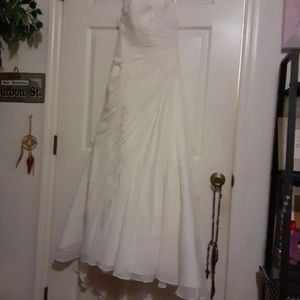 wedding dress By David's Bridal Size 0